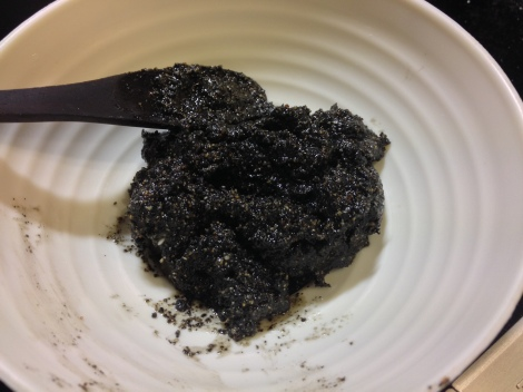 black sesame paste as filling