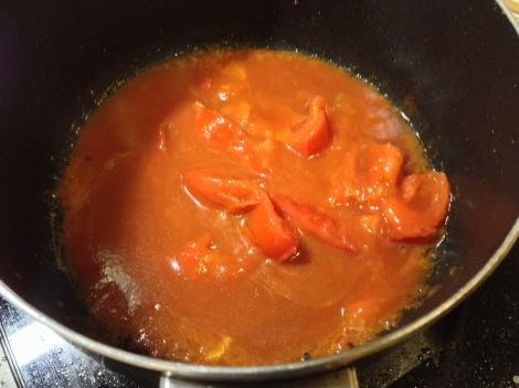 to make the sauce, soften the tomatoes, and cook with ketchup and water